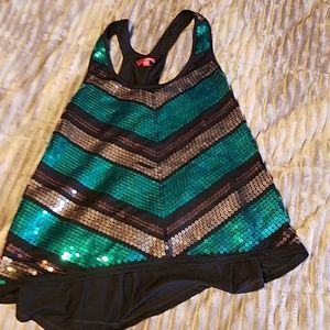Cute top size large BRAND NEW